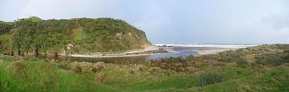 2014-04-21 08.10.00 Panorama Simon - Sandhills Beach_stitch.jpg: 8400x2678, 3122k (2014 Apr 23 12:11)