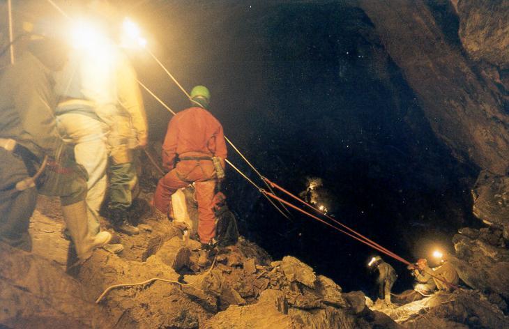 Bulmer Cave Rescue