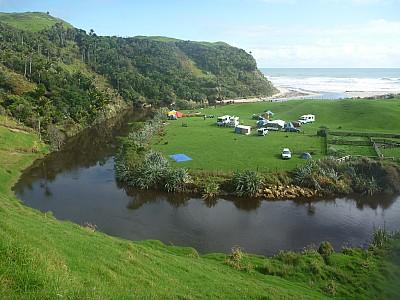 2014-04-20 11.57.40 P1000562 Simon - campsite from road.jpeg: 4000x3000, 6794k (2014 Jun 07 10:55)