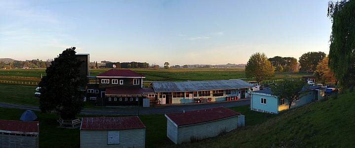 2018-10-19 19.17.54 Simon - Wairoa racecourse_stitch.jpg: 7277x3034, 17761k (2018 Oct 24 09:08)